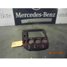 Control radio unit Mercedes ML-klasse W163 A1636801736