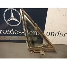 Driehoekraam Mercedes W108 Rechtsvoor