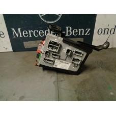 Comfort ECU-regeleenheid + Zekeringkast voor relais met beugel  Mercedes W205 A2055452940 A2229006007