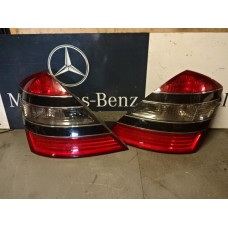 Achterlicht Links  Mercedes S-Klasse W221 A22182001649 197