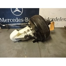 Rembooster  Rembekrachtiger Mercedes R-klasse W251 Ml Klasse W164 A2514301330