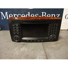 Radio / Commandosystemen Mercedes W251 A2518200979