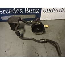 Stuurbekrachtiging Oliereservoir  Stuurbekrachtiging Pomp Mercedes ML W164 R-Klasse W251 A0004602283 A0044668301