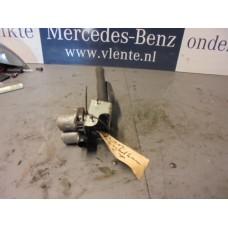Kachelkraan Mercedes W202