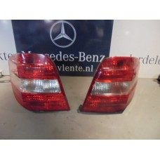 achterlicht / tail light Mercedes W164