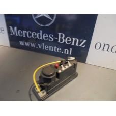Centrale vergrendeling pomp Mercedes W210 A2108000648