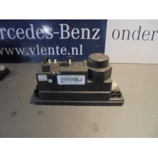 centrale vergrendeling pomp Mercedes  W210/W202 A2108001048