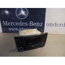 Radio/Multimedia Mercedes E-klasse W211 A2118702989