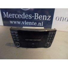 Radio/Multimedia Mercedes E-Klasse W211 A2118200579