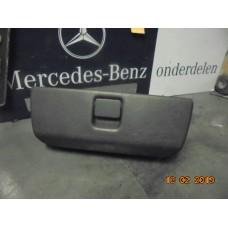 Dashboardkastje Mercedes ml W163 A1636890191