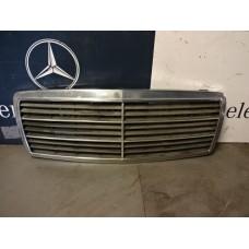 Grill Mercedes W202 A2028880323