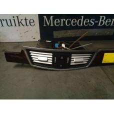 Voorpaneel Binnenkant  Ventilatie roosters  Mercedes W212 A2128302554 2128302554 A2124400706 2124400706