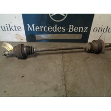 Aandrijfas/Cardanas/Steekas Links achter Mercedes W212