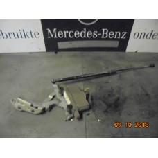 Motorkapscharnier + stelmotor w212 A2129066301